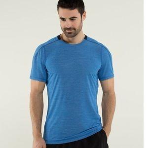 Lululemon Men's Short Sleeve Top T-shirt Blue Navy